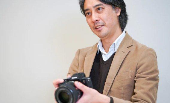 Ürün Lideri ve Optik Tasarım Lideri / Atsuo Kikuchi