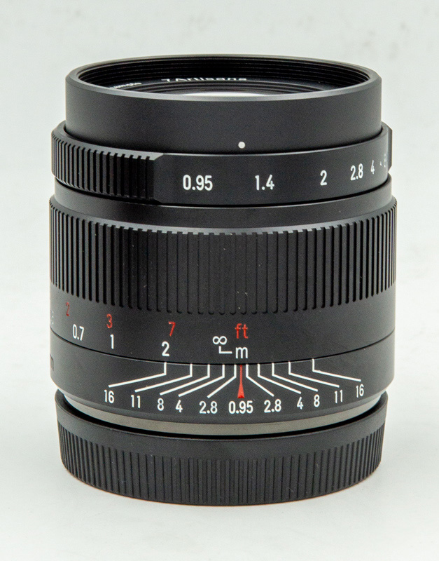 7-Artisans-35mm-F0.95-sonyturk.jpg