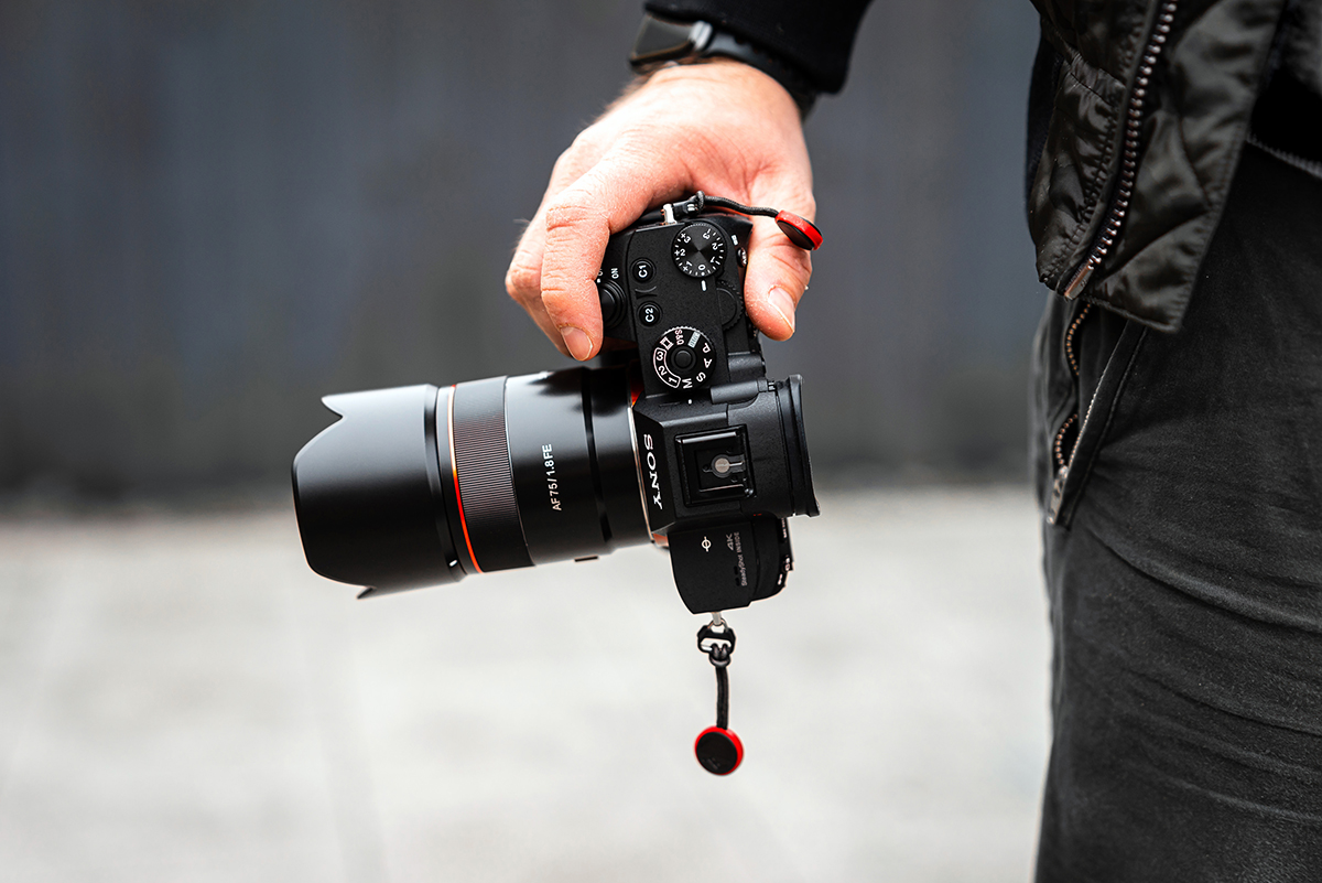 AF-75mm-F1.8-FE_Nic-Taylor_Lifestyle-7.jpg