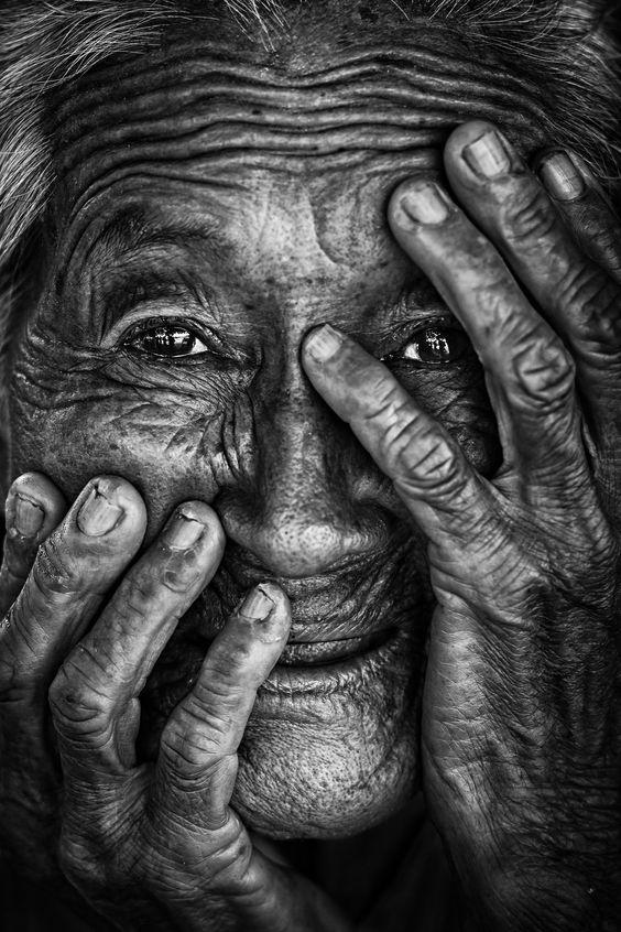 güzel portre fotoğrafı yaşlı.jpg