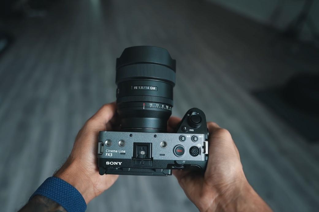 Sony FE 14mm f2.8 - 3.jpg