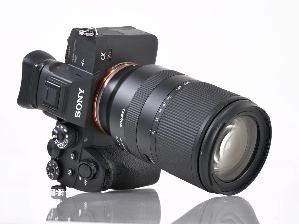 Tamron 18-300mm F3.5-6.3 Di III-A VC VXD-5.jpg