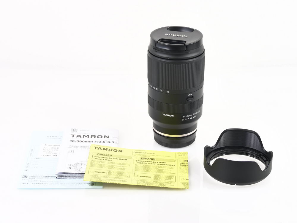 Tamron 18-300mm F3.5-6.3 Di III-A VC VXD.jpg